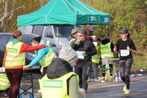 3. RST Półmaraton Świdnicki - 4.11.2017 - harcerski punkt nawadniania